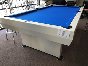 Pre-Owned Outdoor Pool Table